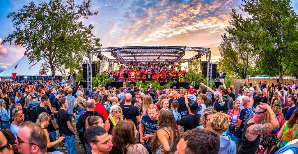 190706 214651 free festival delio hr 2 min 1024x528 - 音楽祭の目的
