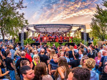 190706 214651 free festival delio hr 2 min 360x270 - 音楽祭の目的